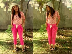 Star Agus - Sm Accesories Girly Hat, Sm Accesories Heart Necklace - I'm all about pink and stripes.
