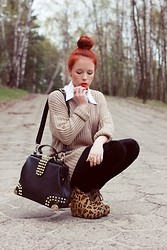Wioletta Mary Kate - Stylowebutki.Pl Shoes, Oasap Bag, Romwe Ring - Studded bag & nude sweater