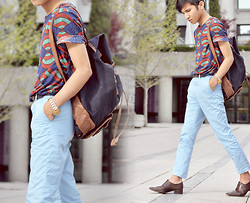 Mc kenneth Licon - Zara T Shirt, Zara Backpack, Giorgio Armani Slip Ons - Back in Baby's arms