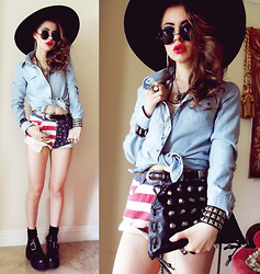 Bebe Zeva - Sheinside Denim Light Wash Blouse, Romwe American Flag Print Shorts, Yes Style Buckle Boots - AMERICANA SUMMER