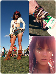 Nixi Nicks - Free People Kay Court Bracelet, Ray Ban Wayfarer, Minkpink Whitney Lace Top, Unif High Waisted Cutoffs, Minnetonka Fringe Boots, Silver Belt, Urban Outfitters Feather Earring - Coachella 2012