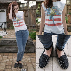 Rebecca K - Vintage Bruce Springsteen Tee, Topshop Acid Wash Jeans, Spiked Loafers - Dancing in the dark