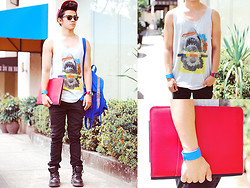 David Guison - Forever 21 Tank Top - Sharkbait