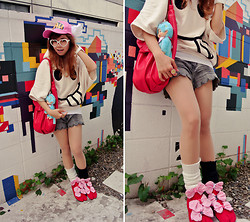 Kaila Ocampo - Arale Cap, Popped Heart Sunnies, Batwing Smiley Top, Scallop Cut Shorts, Japonista Sole Remake Jika Tabi - Too Many Bows