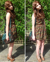 Maddie Grubb - Urban Renual Vintage Green Floral Dress, Boat Shoe Stilettos, Urban Outfitters Leather Messenger Bag, Primark Brown Belt - Spring Arrival