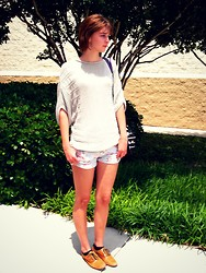 Sarah Bosserman - Steve Madden Oxfords, Floral Shorts, Anthropology Sweater - SO FULL OF LIFE AND FULL OF LOVE