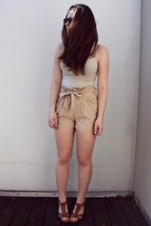 Natascha C - Supre Nude Singlet, H&M Tan High Waisted Shorts, H&M Wedge Sandals - Nudes.