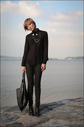 Arissa .H - Metal Collar Tip Blouse, H&M Black Jeans, Shopping Tote, Shoes With Perspex Heel - Too Fancy