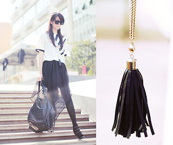 NIKKI Z. - Anomalous Hem Black Skirt, Evapolin Leather Fringes Necklace - Light me up