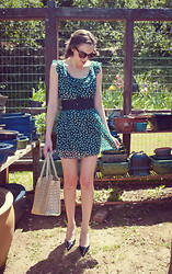 Paulina P. - A. J. Morgan Cat Eye Sunglasses, Blue Rain Green Peter Pan Collard & Polka Dotted Dress, Italian Vintage Black Belt, Dolce & Gabbana Sling Back Pointed Heels, Italy Aligator Handbag - I Look To You