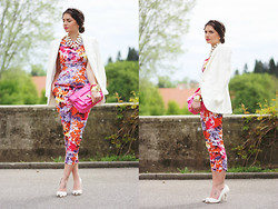 Anni *** - Primark Blouse, Lookbookstore Bag, Nelly Heels - Flower bomb