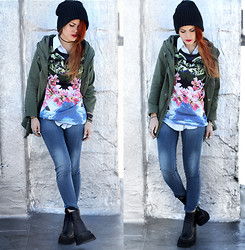 Lua P - Romwe Top, Alainnbella Jeans, Vintage Boots - Ode to flowers.
