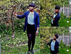 Adelaide Chitanda - Primark Blazer, River Island Gold Chocker, River Island Top, H&M Tube Skirt, Primark Tights, Urban Outfitters Shoes - The beginning