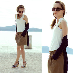 Iva K - Zara Cardigan, Zara Top, S.Oliver Skirt, Tommy Hilfiger Wedges - Sea ​​breeze