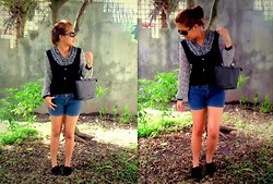 Star Agus - Christina Jeans Shorts, Thrift Store Blouse - Vintage on the run