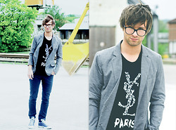 Lucas Lishke - Yves Saint Laurent Ysl Shirt, Zara Grey Blazar - Shaggy hair