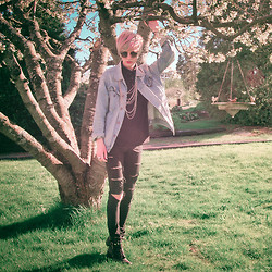 Daniel Nyberg - Dads Old Jeans Jacket, Myrornas Sthlm Chains, Cheap Monday Ripped - ❀ Cherry Blossom Bird Bath ❀