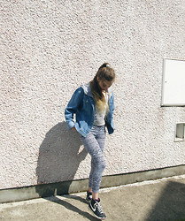 Joanna Kuchta - Nike Blazer Hi, Primark Aztec Print Leggins, Orphan's Arms Crop Top, Charity Shop Denim Jacket - THE ZONE