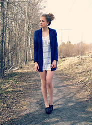 Petra Karlsson - Coat, Shoes - Coat
