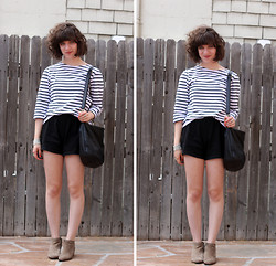 Rachel L. - Saint James Breton Shirt, Thrifted Cotton Shorts, Sam Edelman Suede Booties - Paddling Out