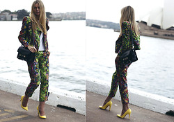 Jessica Stein - Camilla And Marc Two Piece Suit, Proenza Schouler Ps11, Asos Court Heels - Secret Garden