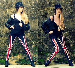Lygia Dias - Lado B Legging, Bob Store Top, Forum Jacket - Everybody wants to rule the world !!!