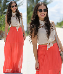 Daniela Ramirez - 2020ave Skirt, 2020ave Top, Furor Moda Sunglases, Remi And Emmy Bag - Absolute coral