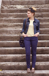 "Zoé Macaron - Levi's® Jacket, H&M Golden Knit, H&M Trousers, Zara Brogues, Carine Letessier Bag ""Macaron Collection"" - Gold and blue"
