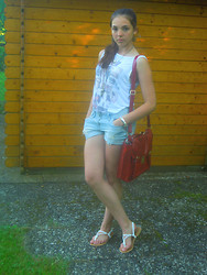 Selina Ra - New Look Top, New Look Shorts, New Look Sandals, Primark Bag - Red bag