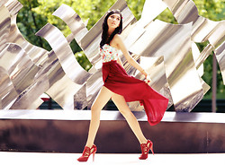 Catherine Lourence - Megagamie, Charles N Keith - Red sunday