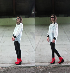 Willie Z. - Cheap Monday Wedge, American Apparel Disco Pants, American Apparel Chiffon Oversized Button Up - Bottom feeder.