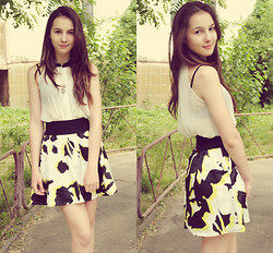 Elizabet Seoulskaya - New Yorker Skirt, New Look Blouse - The last exam day