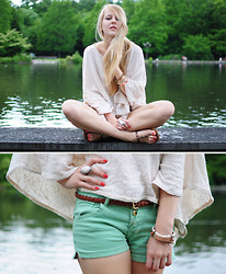 TIPHAINE MARIE - Zara Sweater, Pull & Bear Shorts, H&M Ring - SWAN LAKE
