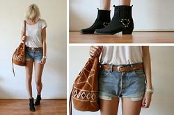 Sietske L - H&M White Tee, Vintage Belt And Denim Shorts, Michael Kors Watch, Chic Wish Aztec Bag, Nelly Boots - Festival time!