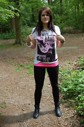 Lianne S - New Yorker Semi Transparent T Shirt, H&M Top, H&M Bracelet, H&M Ankle Boots, Biker Legging Faux Leather Patches - I'm with the band