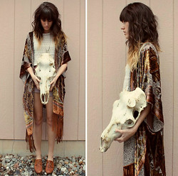 Tonya S. - Shock Boutique Cape, Vintage Shoes, Nordstrom Lace Tank - Wilde One