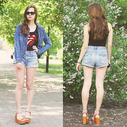 Alice Lovett - Abercrombie And Fitch Denim Jacket, H&M Tank Top, American Eagle Distressed Denim Shorts, Strange Neutral Wedges - It would've been easy to die for you