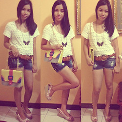 Lyka Bongais - Bangkok Candy Bag, Lace Top, Vintage Necklace, Belt, Candies Shorts, Céline Wedge - Vintage.