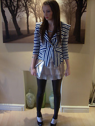 Gemma Davison - Punky Pins Name Necklace, Triple S Nautical Blazer - Ruffles and Stripes