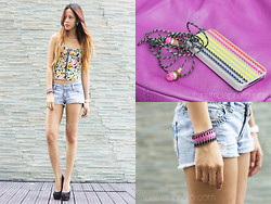 Patricia Prieto - H&M Corset, Billabong Shorts, Billabong Pumps, Extreme Finds Cuff - Pieces Of Me