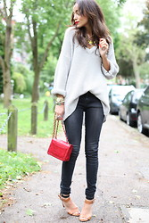Ashley M - Nasty Gal Sweater, Topshop Jeans, Chanel Bag - Pop