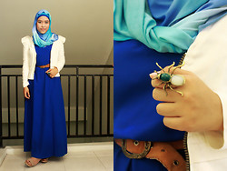 "Aghniya Fitrisna - Made By My Mom Blue Maxi Dress, White Blazer - My ""blue"" day"