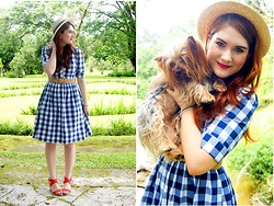 Marie McGrath - Shabby Apple Navy Checkered Dress, Pull & Bear Coral Wedges, Forever 21 Beige Belt, Forever 21 Boat Hat - Sisters and Best friends