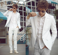 Adam Gallagher - White Blazer, Avaitors, Zara Light Mint Jeans - Down the marina