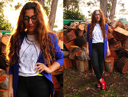 Yeliz S - Over Rated T Shirt, Opshop Vintage Blazer, H&M Jeans - OVER-RATED