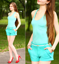 Ariadna Majewska - Sin Blue Pastel Pocketed Tank Top, Life Box Wave Hem Cyan Shorts, H&M Gold Earrings, Toria Blanic Red Heels, Back Stage Gold Hand Cuffs - Heaven on the top, Hell on the bottom
