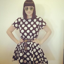 Maggie Matic - House Of Holland Muffin Top Sunglasses, House Of Holland Polka Dot Dress, Vivienne Westwood Buckle Belt - Dotty.