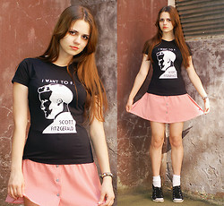 Alice Lovett - I Maika Diy Tee, Unknown Skirt, Lacoste Sneakers - I want to F. Scott Fitzgerald