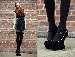 Olivia Emily - Topshop Green Velvet Dress, Cut Up Tights, Some Random Shop In Manchester Spike Heel Less Mary Janes - Hocus Pocus.