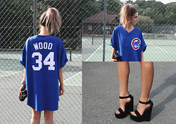 India Rose - A Friend Chicago Cubs Jersey, Aldo Suede Wedges - WET SUMMER